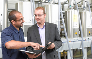 Maintenance and service in plastics manufacturing and processing